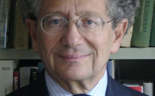 Dominique Moisi フランスを代表する国際政治学者。仏国際関係研究所の設立に参加。パリ政治学院教授などを歴任し、16年から現職。71歳