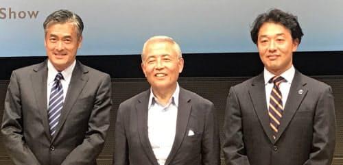 玉塚(左)、麻生(中)、岩渕の各氏
