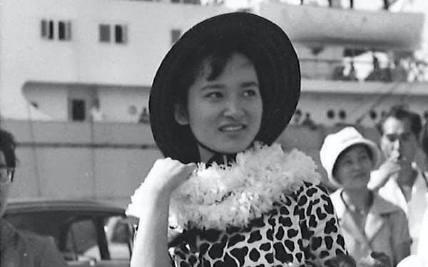 ソ連へ旅立つ筆者(横浜港で)