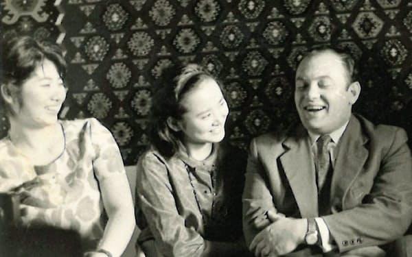 左から潮田さん、筆者、ワイマン先生