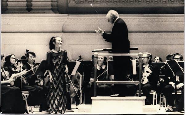 ストコフスキー指揮のアメリカ交響楽団と共演した(カーネギーホールで)