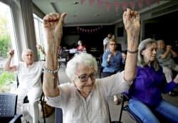 米国でも高齢化が社会的な課題となっている=ロイター