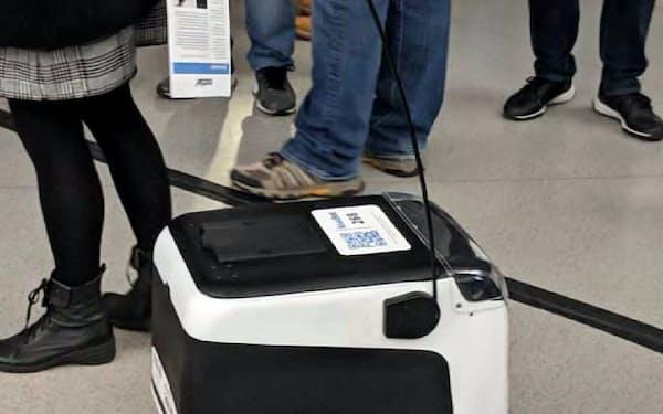 すでに実用化されているキーウィーのデリバリーロボット