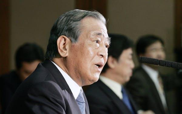 NHK経営委員長就任会見で
