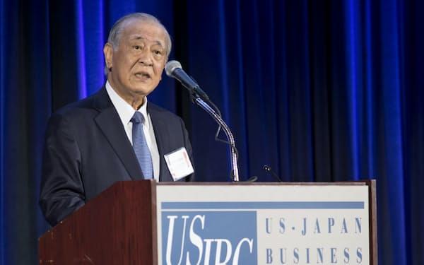 日米経済協議会であいさつ