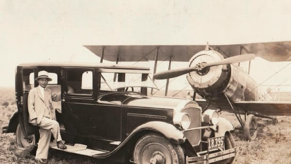 民間航空先駆者の「航路」