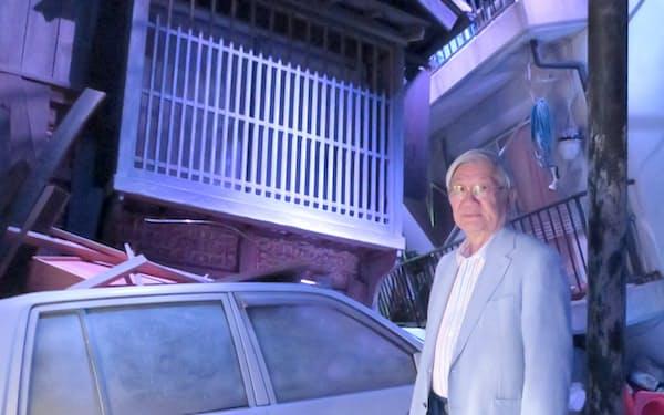 震災直後の街を再現した展示(神戸市の人と防災未来センター)