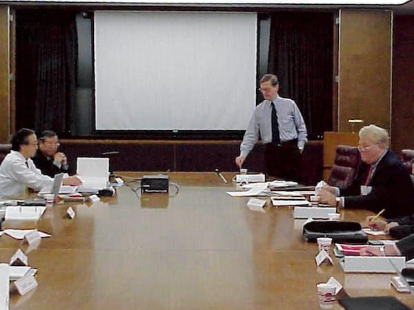 CPCとの会議風景(左端が筆者)