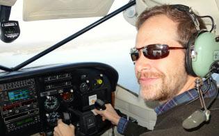 滞在先のハワイで小型軽飛行機の操縦免許を取得した