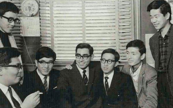 外書購読の面々(左下が川又先生、中央が大内君、右端が筆者)