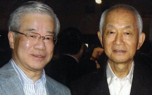 日本郵政社長に就いた西川さん(右)と(07年)
