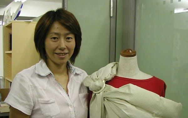 自らの育児からスリングに興味を持ち、主婦起業した園田正世社長
