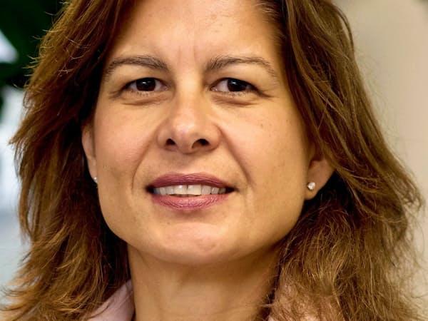 Ceyla Pazarbasioglu 米ジョージタウン大博士。蘭金融大手ABNアムロや国際通貨基金(IMF)を経て、15年世銀入行。18年から現職(公正な成長・金融・組織担当)。