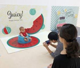 自由に飾り付けをして親がゆっくりと子どもを撮影できる(東京都立川市のノハナの店舗)