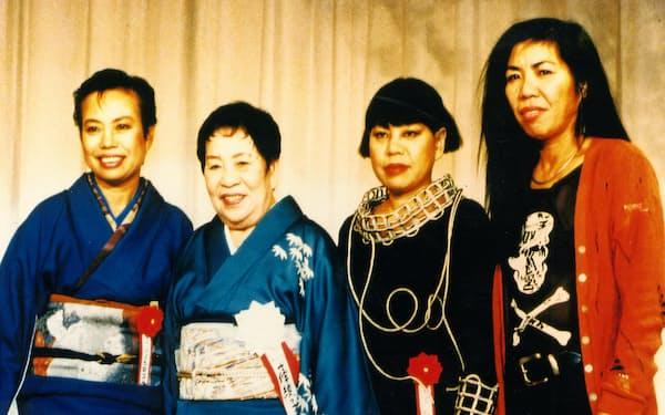 最期まで現役を貫いた母と三姉妹