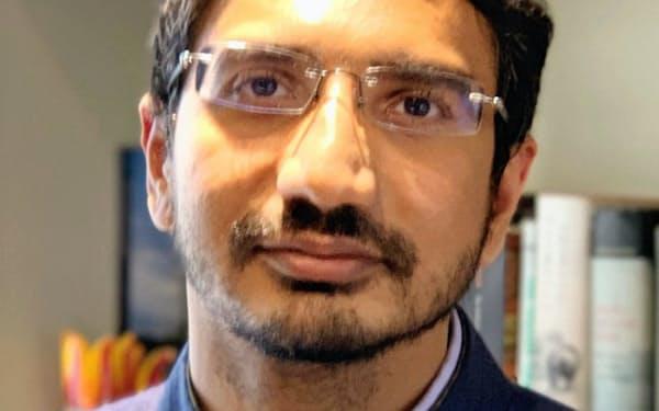 Dhruva Jaishankar 米ジョージタウン大修士(安全保障学)。印放送局CNN-IBN(現CNN-News18)記者などを経て、16年から現職。35歳