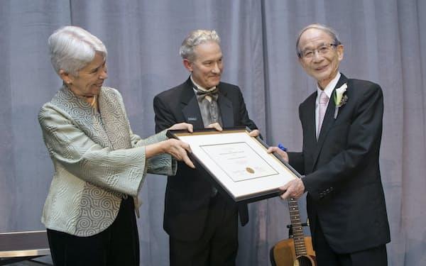 カリフォルニア大学バークレー校で生涯功労賞を受賞(2017年)