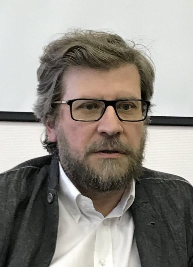 Fyodor Lukyanov ロシア有数の国際政治学者で、外交専門誌「世界政治の中のロシア」編集長も務める。プーチン大統領の外交ブレーンの一人。52歳