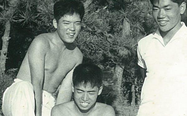 山田(左)、鷹羽(右)と(筆者は(中))