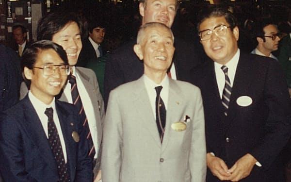 NY証取で素野さん(中央)と(左が筆者)