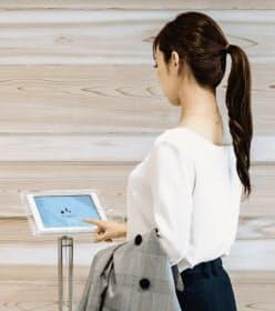 ディライテッドは受付業務をタブレットに置き換える