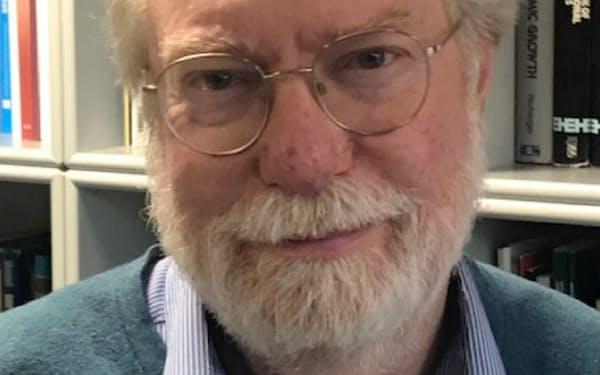 Paul Collier 世界銀行の開発研究グループの責任者や各国の政府顧問を歴任。開発経済学の世界的な権威として知られる。著書に「最底辺の10億人」など。70歳