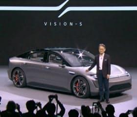 センサーを満載した試作の電気自動車をソニーはCESで発表した(1月)