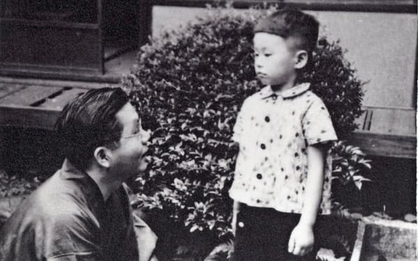 父・十四代吉左衞門覚入(左)と筆者