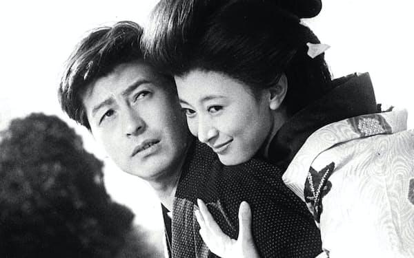 「雪国」で池部良さんと=映画演劇文化協会提供