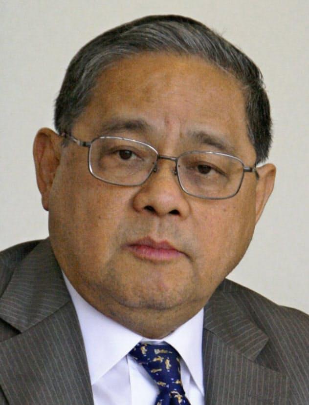 Victor Fung Kwok-king 米ハーバード大博士。米欧とアジアを結ぶビジネスモデルを確立、利豊を大手商社に育てた。08~10年、国際商業会議所会頭。