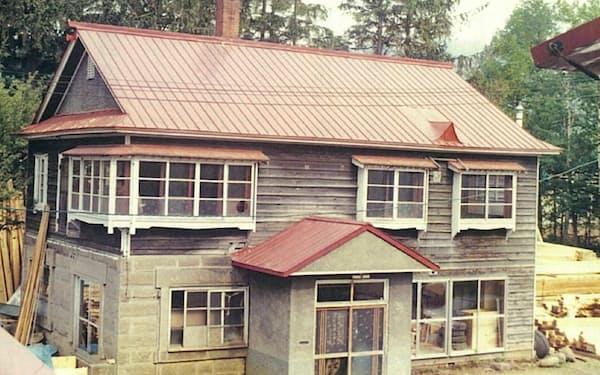 不動産へ関心を持つきっかけは実家と畑の売却だった(移転後の札幌市内の実家、1954年)