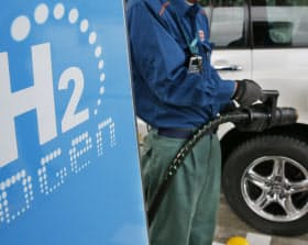 水素社会の推進へ日本の政府やエネルギー企業の姿勢が問われている(水素ステーション)