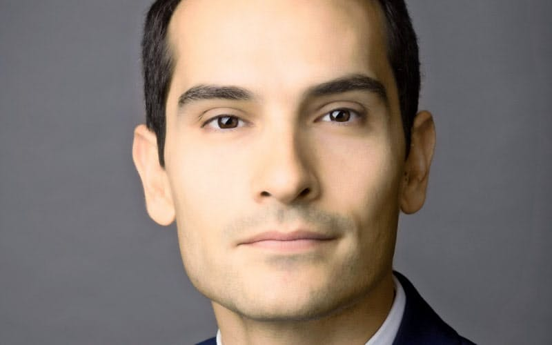 George Serafeim  ギリシャ・アテネで育つ。米ハーバード大博士。米投資情報誌が「ESG投資で最も影響力を持つ人物のひとり」に挙げる。「資本主義再考」の講座も。