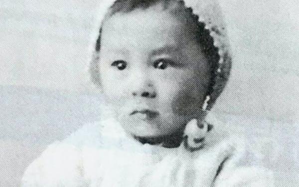 2歳のころ、仙台市の自宅で