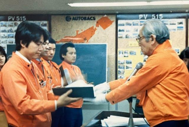 小林氏(左)は創業者の住野さんから多くのことを学んだ