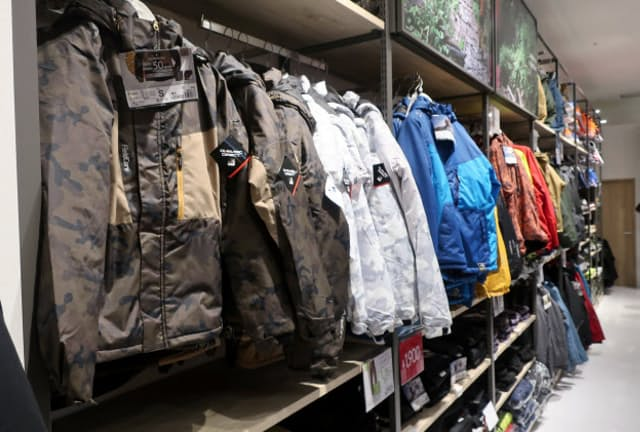 フィールドコアは街中でも着られるデザインを増やしている