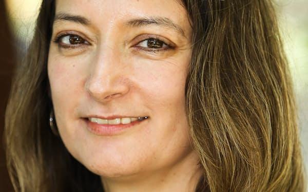 Mireya Solis 米ハーバード大博士(政治学)。アメリカン大などを経て2018年から現職。日本の政治・経済、日米関係に詳しい。