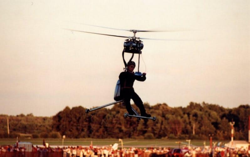 1999年に米オシュコシュの航空ショーで飛んだ「GEN H-4」