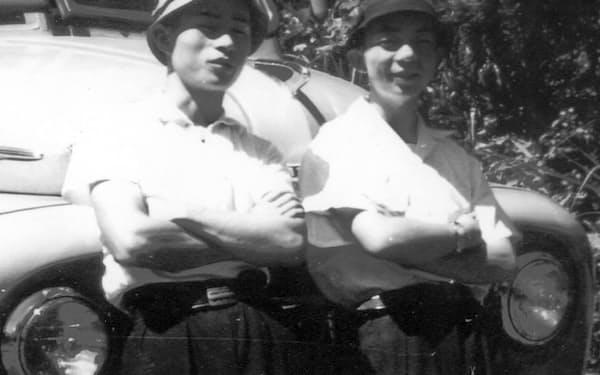 山本幸男君(左)と(高校時代)