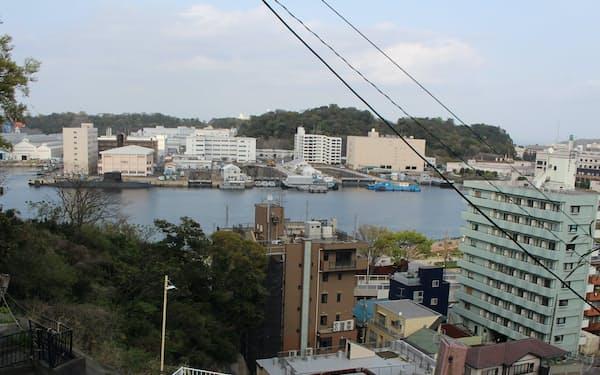 横須賀を一望できる「一国坂」のてっぺん