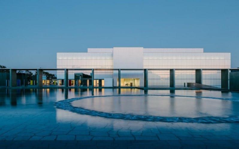 世界的建築家が設計したシンプルな造形が特徴だ