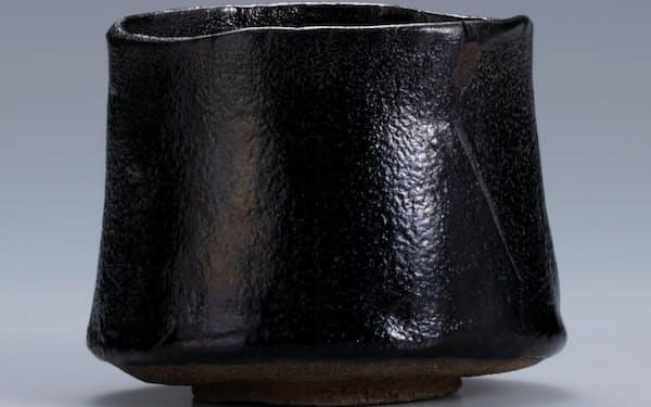 玉水焼初代・一元「黒樂茶碗 銘 晩鐘」(「近江八景」内、鷹司輔信箱書付)=滴翠美術館蔵