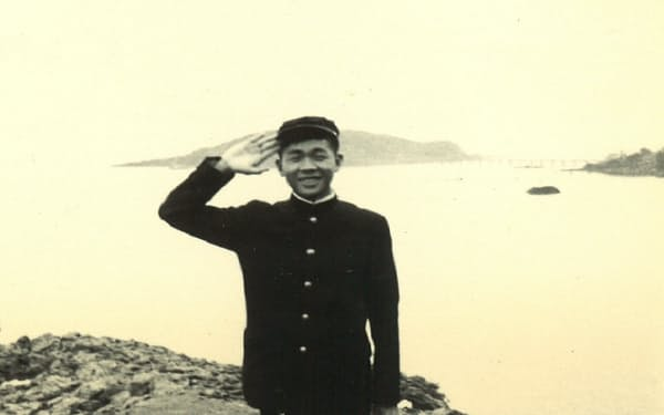 高校時代はよく海で過ごした