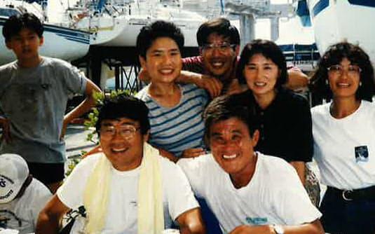 長銀ヨット部の同僚と(前列左が筆者)