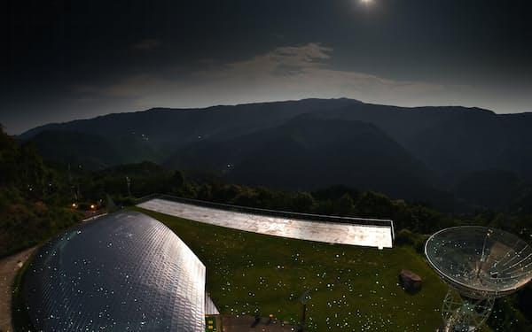 プロジェクションマッピングによる星空の投影で、リアルの星空との共演も可能に