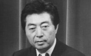 未明の記者会見で国民福祉税構想を発表する細川首相