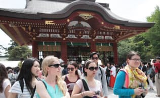 1~7月の訪日客数は前年同期比47%増の1105万人となった