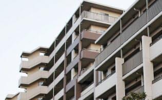 全4棟のマンションのうち西棟(手前)で傾きが判明した(横浜市都筑区)