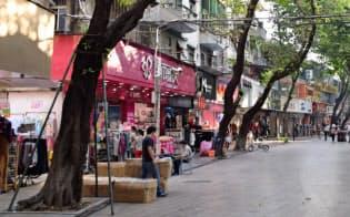地下銀行が集まる西郷商業歩行者天国(広東省深圳市)