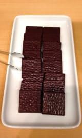 小笠原産カカオで試作したチョコ
